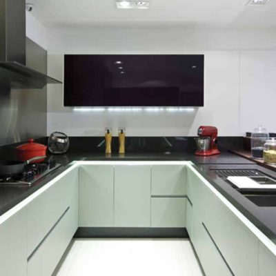 Cozinha em Granito Preto