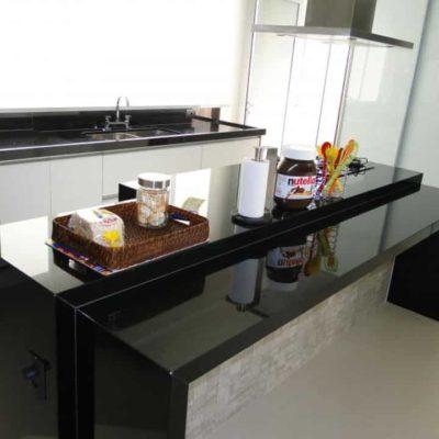 Cozinha em Granito Preto Absoluto